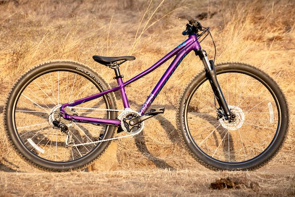 Specialized gets it when it comes to designing a girls' mountain bike